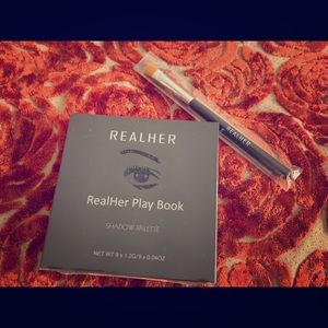RealHer Playbook I,  'Be your own kind of Beauty'
